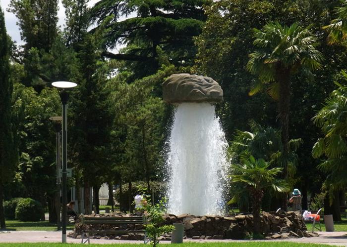 6-may-park