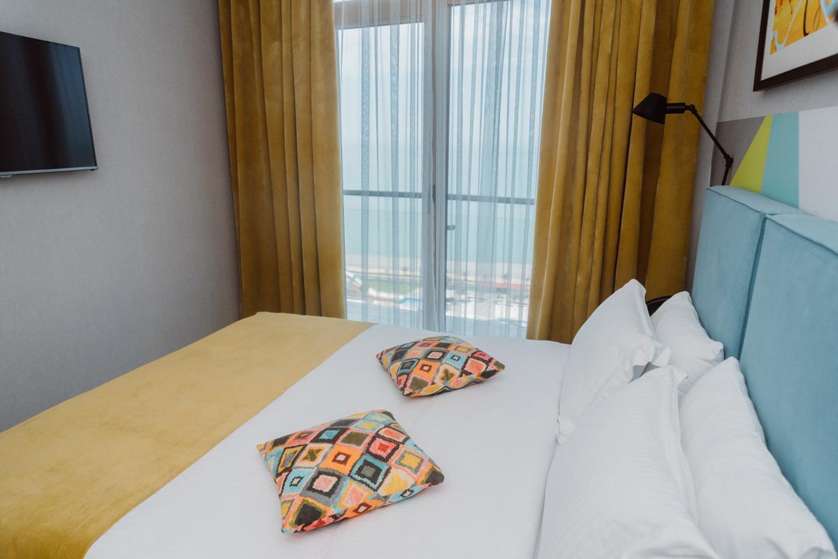 fam-sv-bedroom